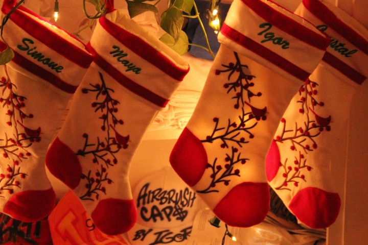 embroidered_christmas_stockings
